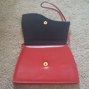 Bags - Red Wave Hanbag/Purse